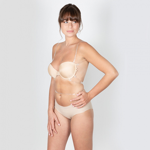 204 divine bra wedding chair venise oui by gilsa paris invisible multi position bra worn slightly rotated 423 lima chair seamless panties gilsa paris worn face-to-face hands hips